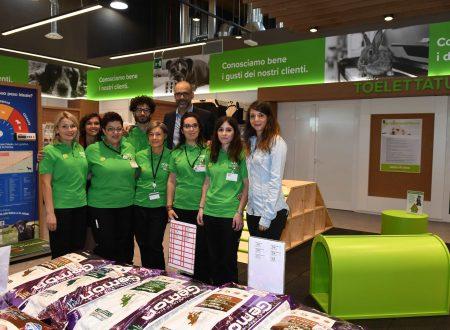 Amici di Casa Coop inaugura il primo pet shop del Veneto a Spinea (Venezia)